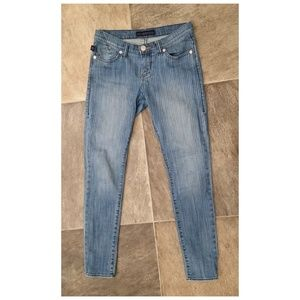 ROCK & REPUBLIC Skinny Leg Pinstriped Jeans Sz 4